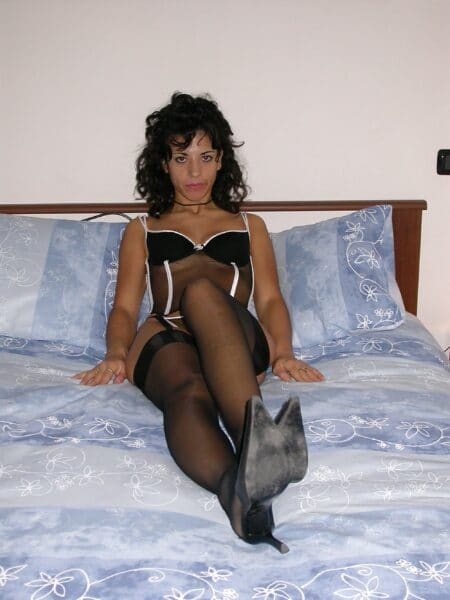 Coquine sexy dominatrice pour homme soumis