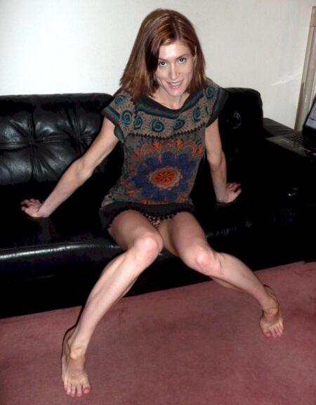 Femme coquine dominante pour gars qui aime la soumission