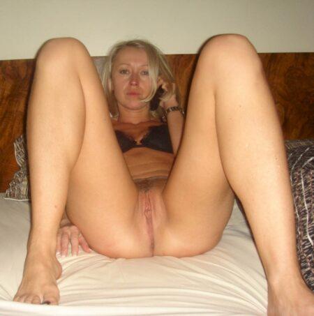 Femme cougar dominante pour gars qui aime la soumission