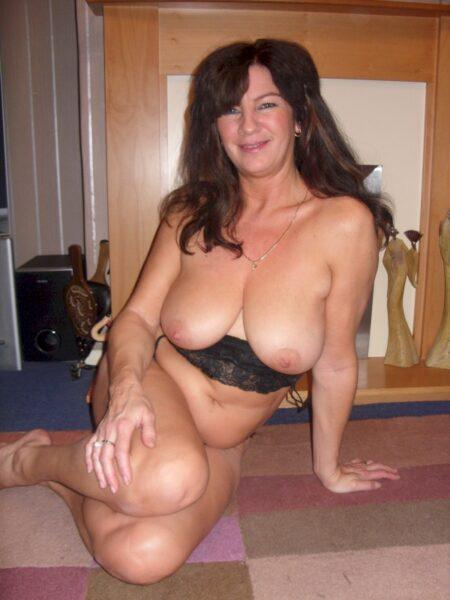 Très jolie femme coquine qui cherche unevéritable rencontre sexy